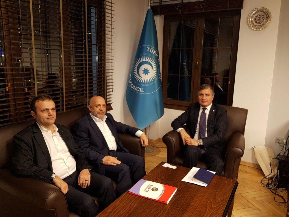ARSLAN, TÜRK KONSEYİ GENEL SEKRETER YARDIMCISI KOCAMAN'I ZİYARET ETTİ