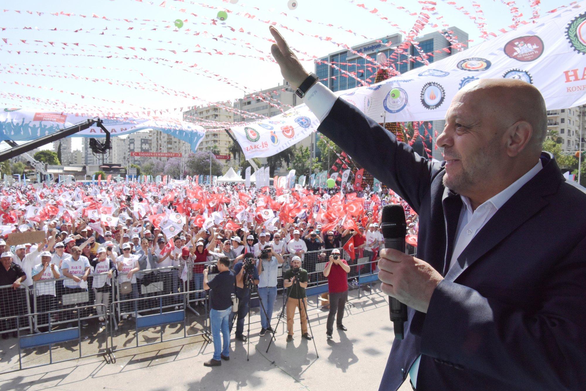 ARSLAN'DAN HAK-İŞ TEŞKİLATINA 1 MAYIS TEŞEKKÜRÜ