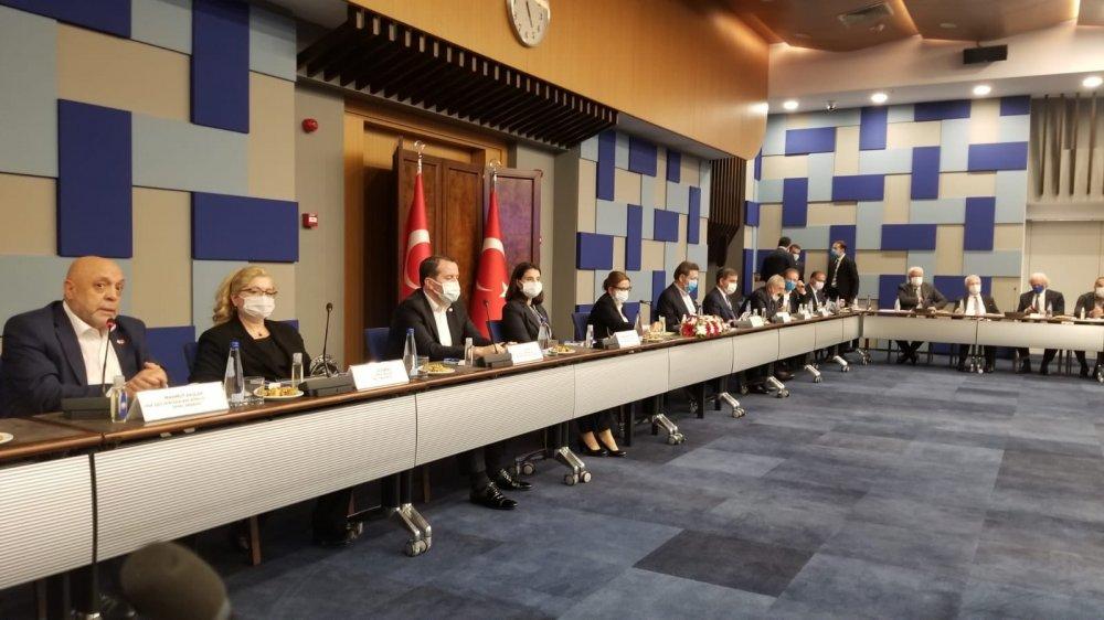 ARSLAN, İZMİR'DE İSTİŞARE TOPLANTISINA KATILDI