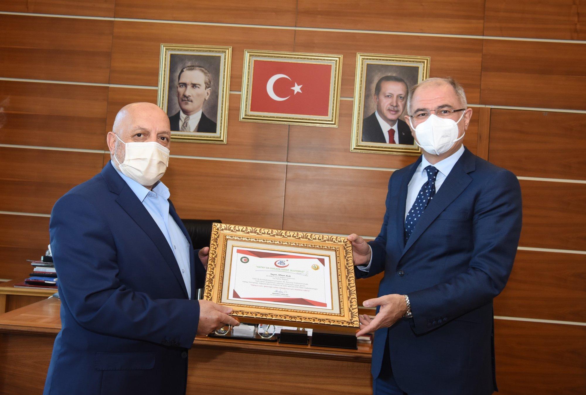 ARSLAN,  AK PARTİ GENEL BAŞKAN YARDIMCISI EFKAN ALA'YI ZİYARET ETTİ