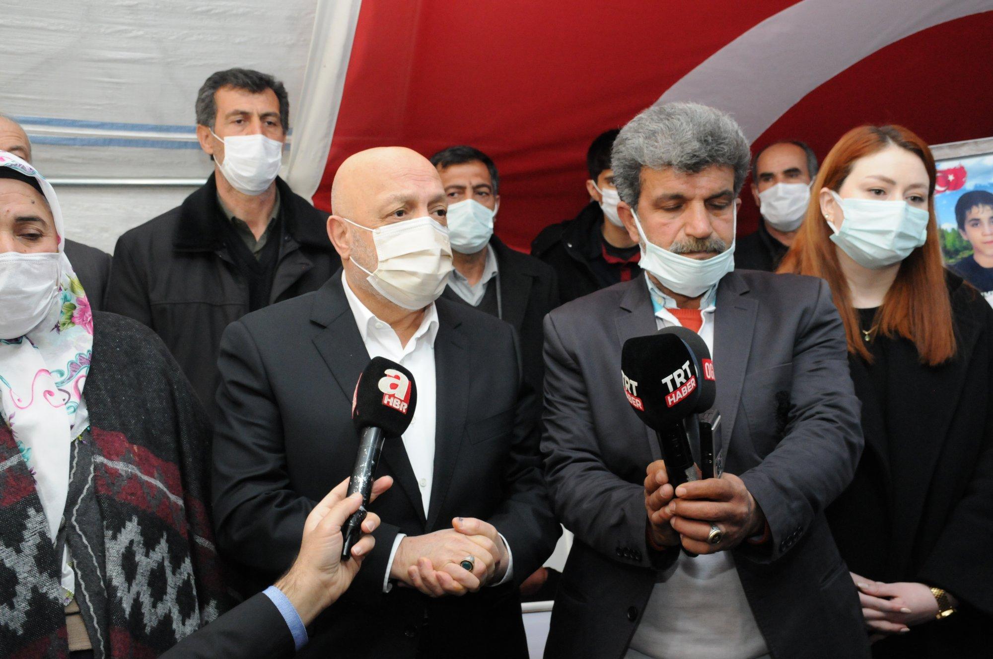 HAK-İŞ'TEN DİYARBAKIR ANNELERİNE DESTEK ZİYARETİ