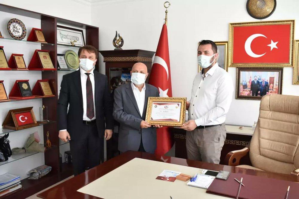 ARSLAN'DAN, TURHAL BELEDİYE BAŞKANI BEKLER'E ZİYARET